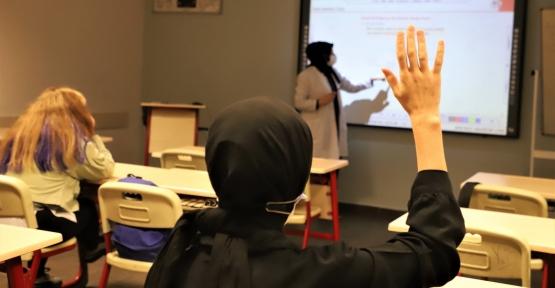 Akademi Lise'lerde Yüz Yüze Eğitim Başladı