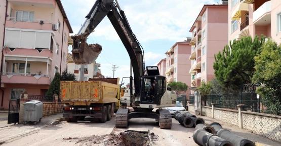 Derince'deki 10 Mahallenin Altyapısı Yenileniyor