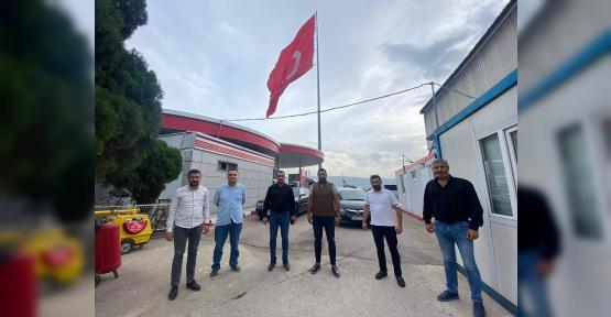 Dev Türk Bayrağına  Ziyaret