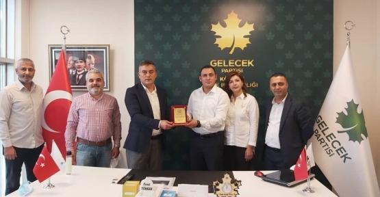 Türker'e, Kögyar-Der'den  Plaket