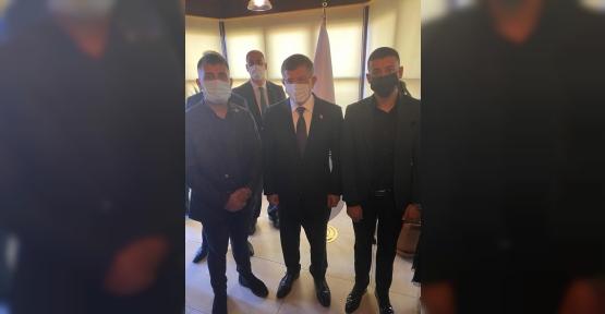 Davutoğlu Körfez'e  Selam Gönderdi
