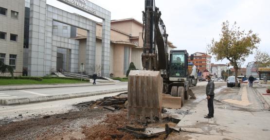 Gebze'de Altyapı Sonrası Asfalt Seriliyor