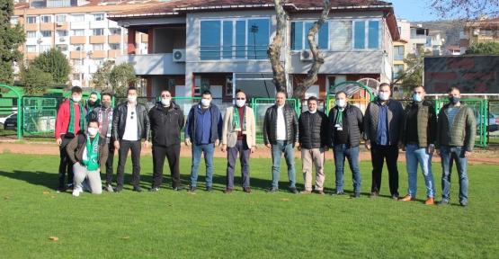 Yarımcalılar Derneği'nden  Kocaelispor'a Moral Ziyareti