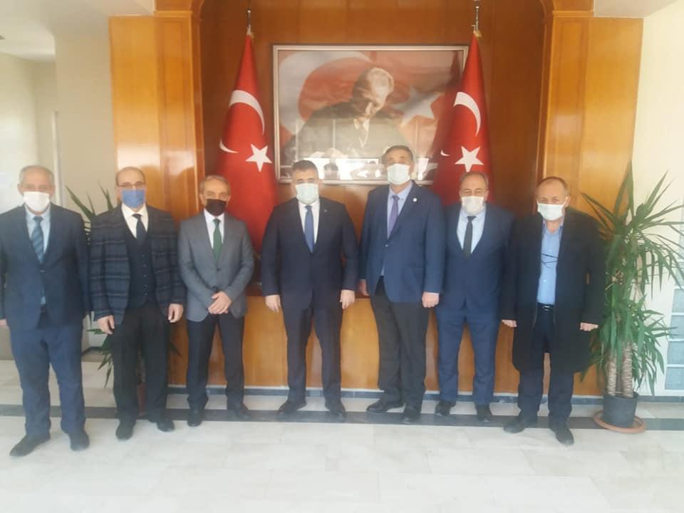 Dadaşlar'dan Tipioğlu'na Oltu Taşı Tespih