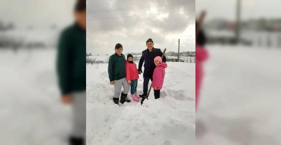 Tuna Torunları İle Kar Gezisi Yaptı