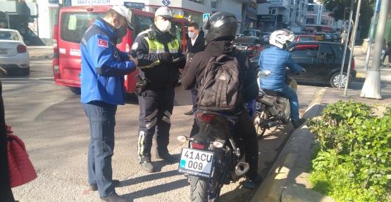 YÜRÜYÜŞ YOLU'NU KULLANAN MOTOSİKLETLİLERE 30 BİN TL CEZA