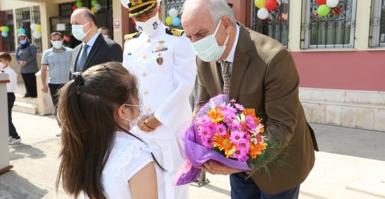 Derince'de İlköğretim Haftası Kutlandı