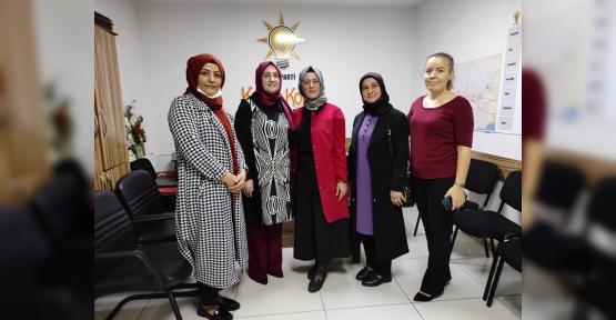 AK Partili  Kadınlar Dayanışma Halinde