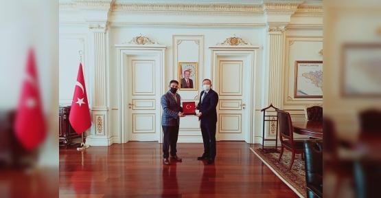 Derinceli Yozgat Valisi Ziya Polat'tın Kocaelili Hemşerilerine Selamı Var