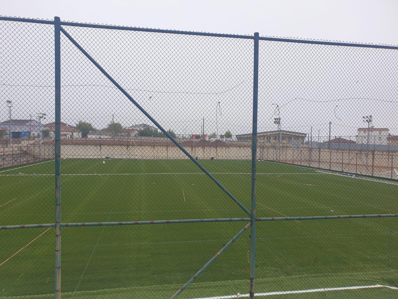 Yukarı Hereke Futbol Sahası'nda Zemin Çalışması Tamamlanıyor