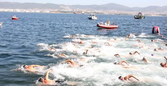 8. Açık Su Yüzme Yarışları Değirmendere'de yapılacak