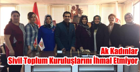 AK Kadınlar Sivil Toplum Kuruluşlarını İhmal Etmiyor