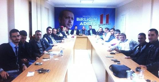AK Parti Gölcük Gençlik Kolları Haftalık toplantısını yaptı