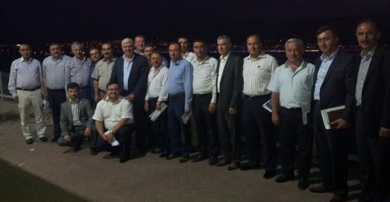 AK Parti Teşkilat Başkanları Körfez'de toplandı