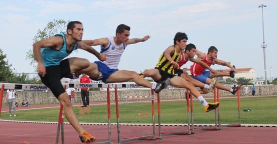 Atletlerimiz, Rusya'dan da dereceyle döndü