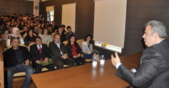 Başkan Alemdar'dan gençlere önemli mesajlar