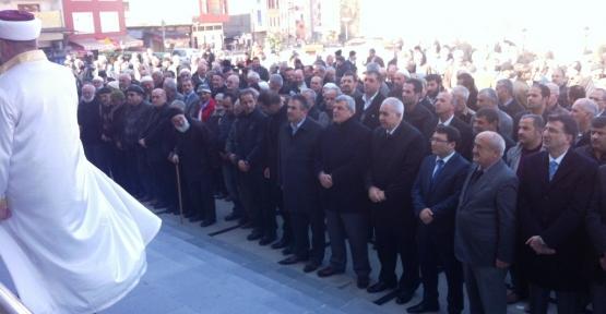 Başkan, Rize'de cenazeye katıldı