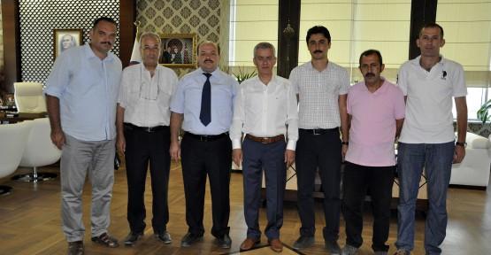 EĞİTİMCİLERDEN PEHLİVAN'A TEŞEKKÜR PLAKETİ