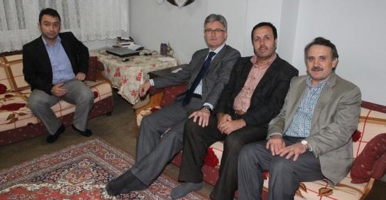 Ellibeş, Hacdan dönen vatandaşları  ziyaret ediyor