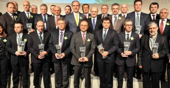 """İpek Kağıt Altınova tesisleri """"Çevreci Tesis"""" ödülüne layık bulundu"""