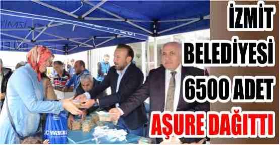 İZMİT BELEDİYESİ 6500 ADET AŞURE DAĞITTI