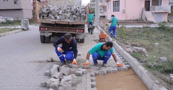 Kartepe'de parke tamiratları devam ediyor