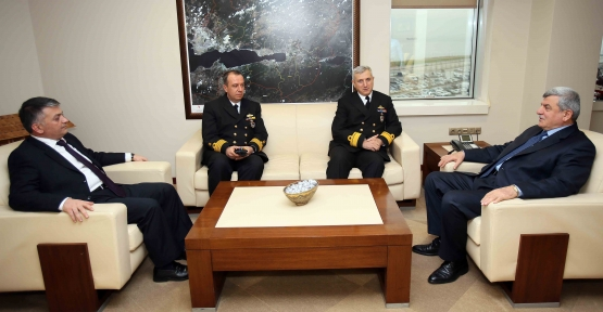 Komutan Elgin'den Başkan'a ziyaret