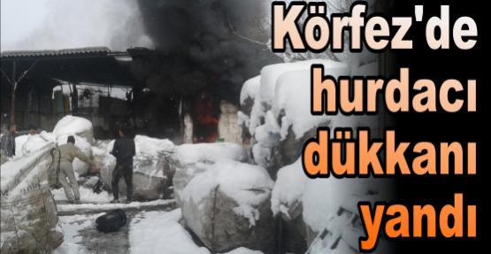 Körfez'de  hurdacı  dükkanı yandı!