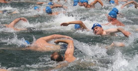 Mavi Bayraklı plajlarda Açıksu Yüzme Yarışması