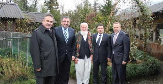 Milletvekili Okur Rize ve Trabzon'da çeşitli ziyaretlerde bulundu