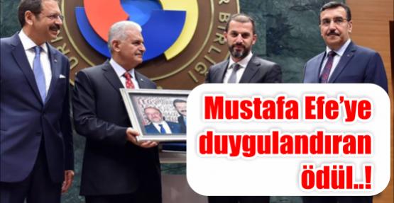 Mustafa Efe'ye duygulandıran ödül