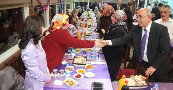 Sedat Yücel'e  Sürpriz Doğum günü kutlaması