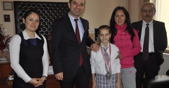 Şevval'e bir tebrikte Okul Müdürlerinden