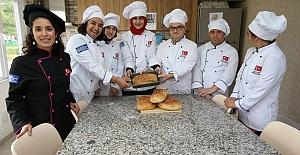 Doğal Ürünlerle Organik Ekmek Yaptılar
