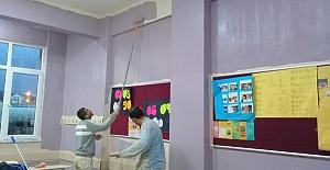 Körfez Belediye'sinin Okullara Desteği Devam Ediyor