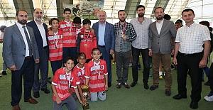 Derince'de Şampiyon Muratevler Camii