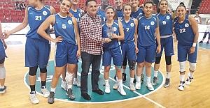 Erciyes Cupta Şampiyon İzmit Belediyesi