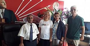 Yılın Annesi Seçilmişti  Şengül Yurt CHP'ye Üye Oldu