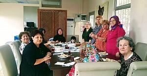 İzmit Belediyesi Emeklilerin Yüzünü Güldürüyor