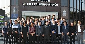 Sabancı'da Atatürk Konuşuldu