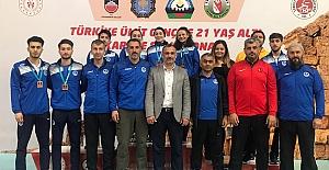 Türkiye Şampiyonasında Kağıtspor...