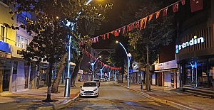 Zincirlikuyu Caddesi Işıl Işıl...