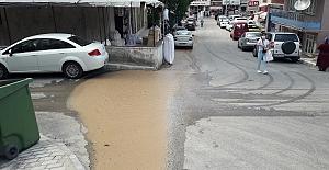 Caddeyi Su Bastı