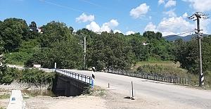 Beyoğlu Caddesi#039;ndeki Köprü...