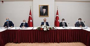 VALİ YAVUZ, COVİD-19 İLÇE DEĞERLENDİRME...