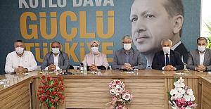 """Ellibeş, """"Farklı Görüş ve Fikirlerde Olsak da, Türkiye İçin Tek Yumruk Olacağız"""""""