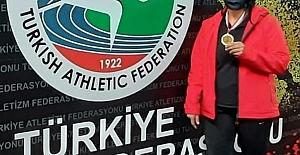 İzmit Belediyesporlu Atlet Gülle...