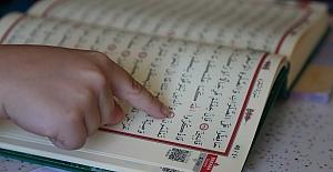 Annemle Kur'an-ı Kerim Öğreniyorum