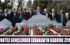 AK Partili Gençlerden  Erbakan'ın kabrine ziyaret