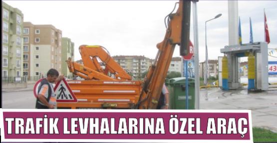 TRAFİK LEVHALARINA ÖZEL ARAÇ